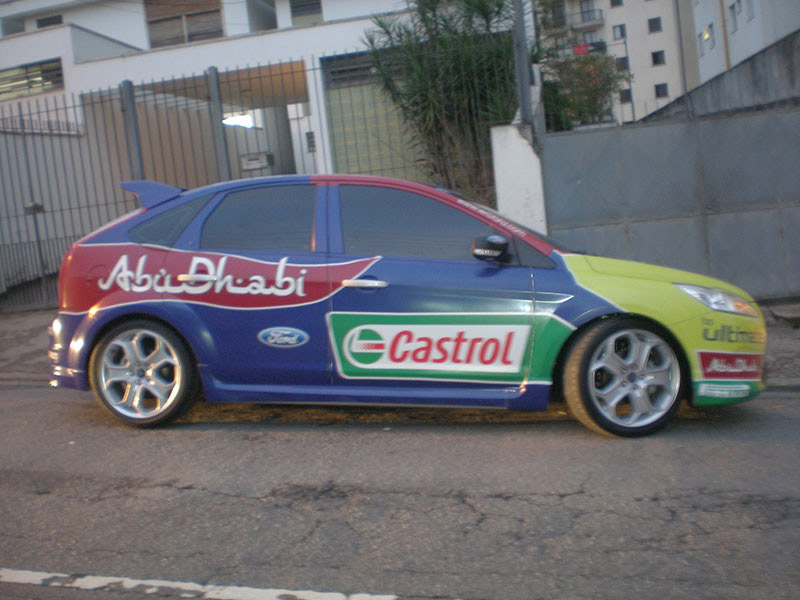 Adesivagem carro Castrol